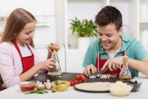 cooking 10-Great-Quick-Cooking-Tips-family-Muscle-Media