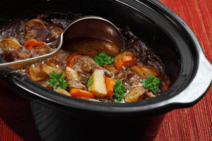 Crockpot-Cooking-Beat-the-Summer-Heat-benefits-Muscle-Media